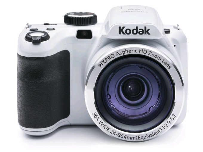 JK Imaging Dig Cam White With 8Gb Card And Shoulde